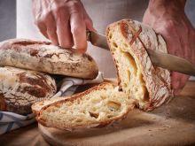 Jak upiec zdrowy chleb w domu?