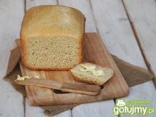 Chleb pszenny z masłem i solą prowansals
