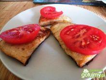Chleb w jajku z pomidorem