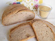 Chleb z amarantusem i orzechami włoskimi