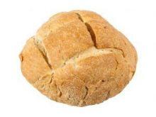 Chleb z boczkiem, serem i migdałami