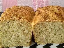 Chleb z cukinią i słonecznikiem