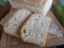 Chleb z cukinią i ziemniakami