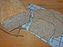Chleb z cydrem i ziarnami