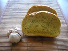 Chleb z czosnkiem.