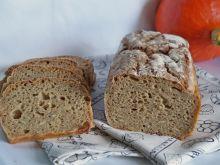 Chleb z dynią i musli