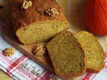 Chleb z dynią, orzechami włoskimi i tymiankiem