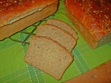 Chleb z majonezem i ostropestem
