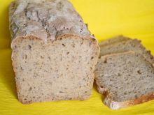 Chleb z mąką kukurydzianą i szałwią hiszpańską