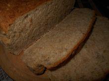 Chleb z miodem, kefirem i słonecznikiem