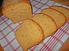 Chleb z pieczoną papryką i cukinią