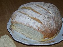 Chleb z pieczonymi ziemniakami
