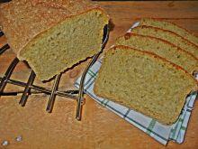 Chleb z płatkami jęczmiennymi i szpinakiem