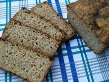 Chleb z sezamem z nutą czosnku