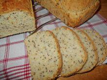 Chleb z siemieniem lnianym i suszoną cebulą