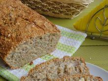 Chleb z ziarnami i kuskusem