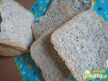 Chleb z ziemniakami i bazylią