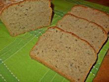Chleb z ziemniakami kaszą i czosnkiem niedźwiedzim