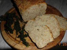 Chleb z ziołami i otrębami