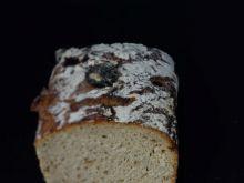 Chleb ze śliwką na zakwasie