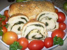 Chleb ze szpinakiem i czosnkiem