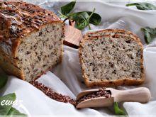 Chleb ze szpinakiem i siemieniem lnianym