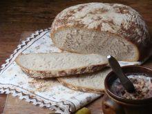 Chleb żurkowy z ziołami