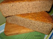 Chleb żytni razowy z płatkami owsianymi