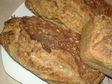 Chlebek domowy z morelami na maślance
