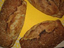 Chlebek na miodzie z ziarnami