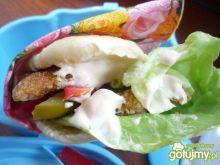 Chlebek pita zamiast kanapek dziś z rybą