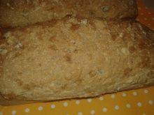 Chlebek pszenno - orkiszowy z ziarnami