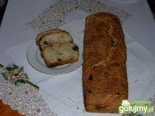 Chlebek swojski ze śliwką