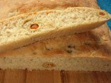 Chlebek włoski z oliwkami