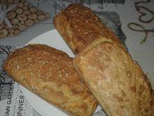 Chlebek z otrębami na maślance