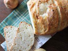 Chlebuś cebulowy