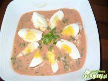 Chłodnik pomidorowy z jajkiem