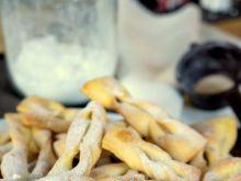 Chrust, czyli faworki pieczone