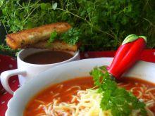 Chuda pomidorowa z pikantną wrzutką
