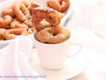 Churros hiszpański wypiek z ciasta parzonego
