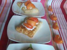 Ciasteczka francuskie z morelami