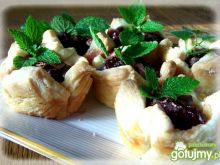 Ciasteczka francuskie z owocami