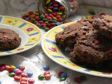Ciasteczka kakaowe z mini lentilkami