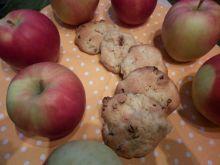 Ciasteczka kardamonowe z jabłkami i rodzynkami