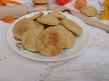 Ciasteczka krakersy z serem żółtym i sezamem