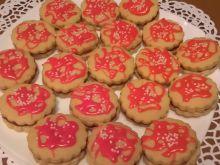 Ciasteczka kruche z różowym lukrem