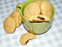 Ciasteczka nadziane czekoladą orzechową