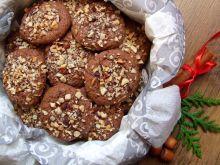 Ciasteczka piernikowo-czekoladowe z orzechami