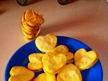 Ciasteczka serduszka przekładane masą krówkową