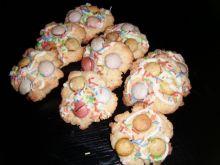 Ciasteczka z kolorowymi drażetkami